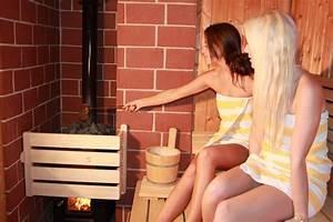 Sauna Mit Holzofen : sauna mit holzofen ferienwohnung fichtelgebirge oberfranken familie sauna heizung holzofen ~ Whattoseeinmadrid.com Haus und Dekorationen