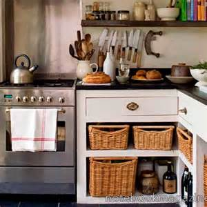small country kitchen ideas best 25 small country kitchens ideas on country kitchen small kitchens and cottage
