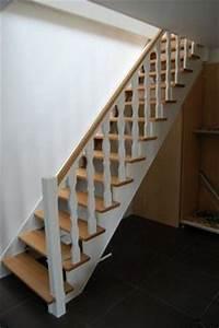 escalier peint deco escalier relooker escalier en bois With peindre des marches d escalier en bois 0 escalier bois et blanc idees pour lentree et le couloir