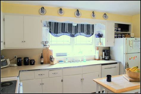 white kitchen paint ideas kitchen white paint colors for kitchen walls with