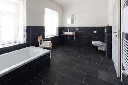 Schiefer Fliesen Als Dekorative Elemente Im Modernen Bad