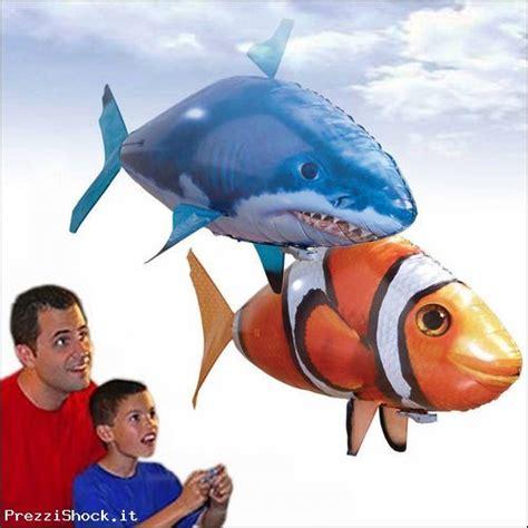 Pesce Volante Radiocomandato Pesce Volante Radiocomandato Squalo Pagliaccio Nemo Gas
