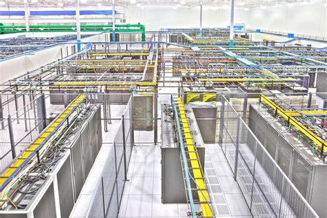Multi-billion dollar colocation market's 5 largest data ...