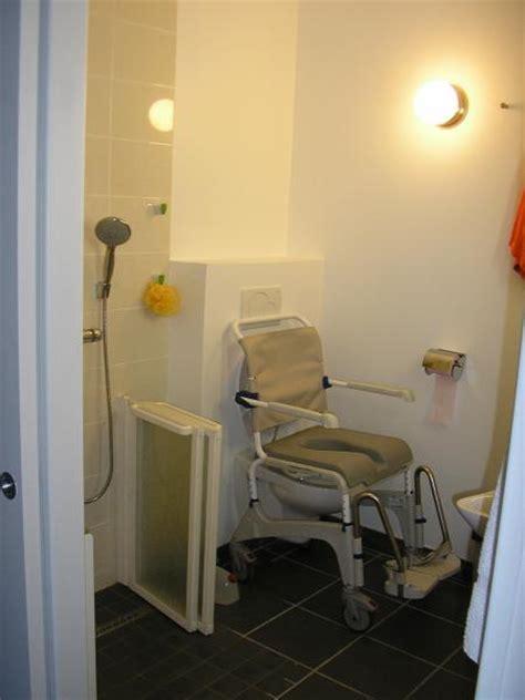 chaise de toilette pour handicapé sûr habitat vous êtes un professionnel wc handicapé