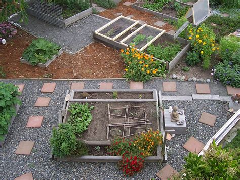 want fresh vegetables build your own vegetable garden