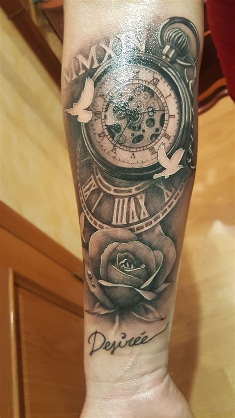 tatuaje reloj de bolsillo antiguo  rosa tattoos