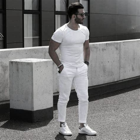 40 All White Outfits For Men