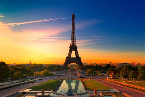 eiffel tower 15 fascinating facts about the eiffel tower