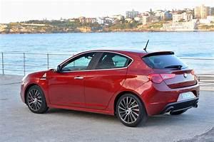 Giulietta Alfa Romeo : 2011 alfa romeo giulietta on sale in australia photos 1 of 25 ~ Gottalentnigeria.com Avis de Voitures