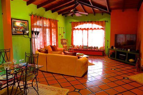 beautiful style house in playa lagartillo id code 2963