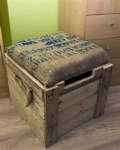 Pallets DIY Toy Box