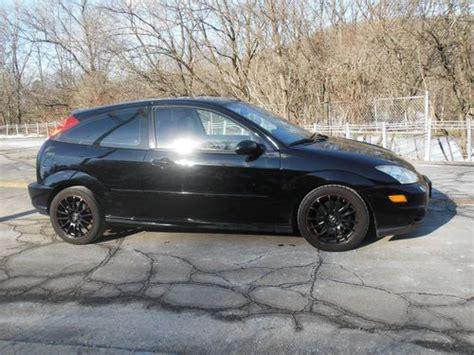 sell   ford focus svt hatchback  door