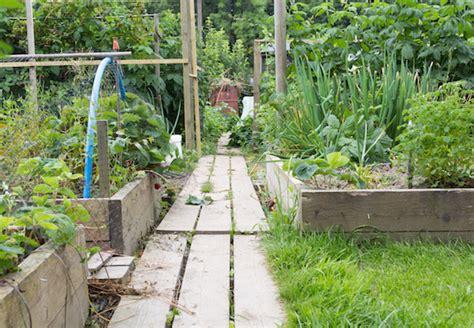 Schmale Gärten Gestalten by Garten Anlegen Und Gestalten Praktische Tipps Obi