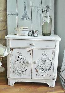 Meuble Shabby Chic : best 25 shabby chic dressers ideas on pinterest shabby chic tables dresser drawer crafts and ~ Preciouscoupons.com Idées de Décoration