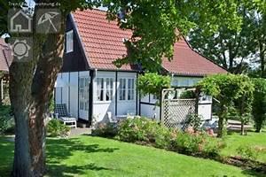 Landhaus Im Grünen : kleines landhaus im gr nen in gr mitz ~ Markanthonyermac.com Haus und Dekorationen