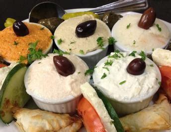 cuisine grecque traditionnelle yia sou grill grillades grecques montreal