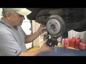 Mini Cooper Break : mini cooper rear brake job caliper tool youtube ~ Maxctalentgroup.com Avis de Voitures