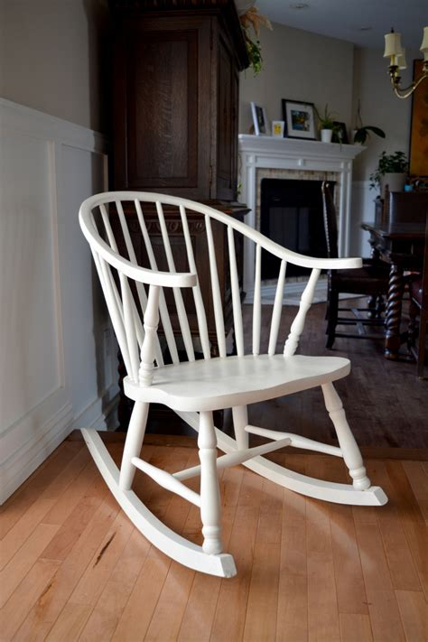 chaises blanche rocking chair white