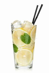 Kalk Von Glas Entfernen : glas limonade mit zitrone und minze stockbild bild von fl ssigkeit kalk 30676195 ~ Bigdaddyawards.com Haus und Dekorationen