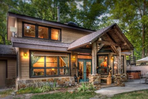 Maybe you would like to learn more about one of these? Eureka Springs Romantic Cabins at Silver Ridge Resort