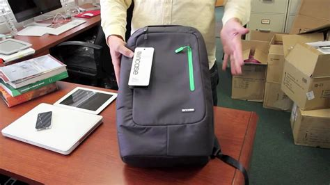 Incase Nylon Compact Backpack Review