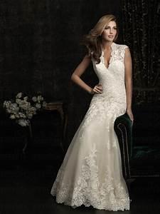 wholesale price a line princess lace keyhole back floor With lace keyhole wedding dress