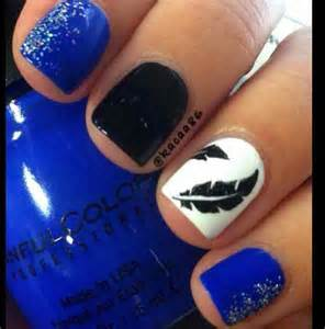 Simple Feather Nail Design