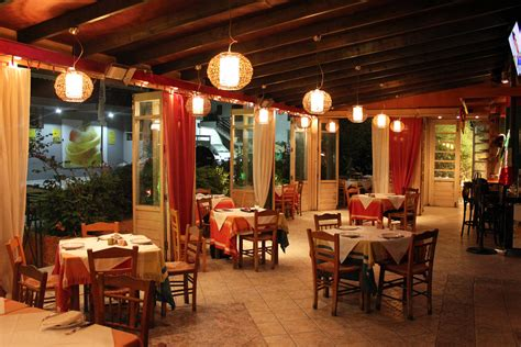 cuisine bistro locos restaurant restaurant