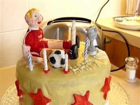 ABERDEEN FOOTBALL FC BIRTHDAY CAKE. - YouTube