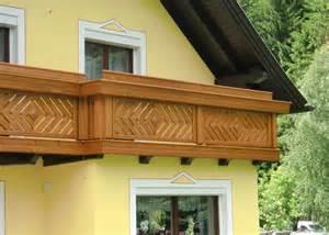 balkone aus holz holzbalkon holz balkongeländer leeb balkone