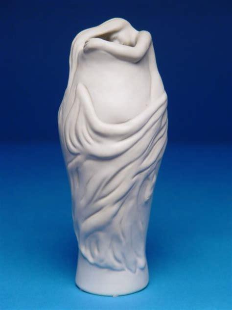 briggle l value 1000 quot briggle lorelei vase elongated ova lot 1000