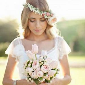 Couronne Fleur Cheveux Mariage : coiffure mariage couronne de fleurs ~ Melissatoandfro.com Idées de Décoration