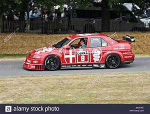 Alfa Romeo V6 : alfa romeo 155 v6 ti dtm touring race car at goodwood festival of stock photo 30339186 alamy ~ Medecine-chirurgie-esthetiques.com Avis de Voitures