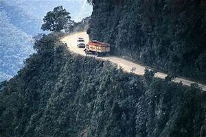 World's Most Dangerous Road | World Amazing Records ...
