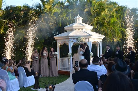 miami banquet hallscatherine rolando gazebo ceremony