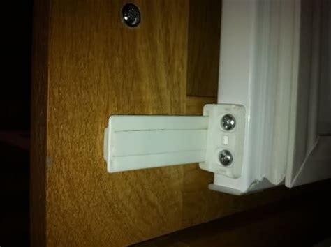 integrated fridge  freezer door hinges
