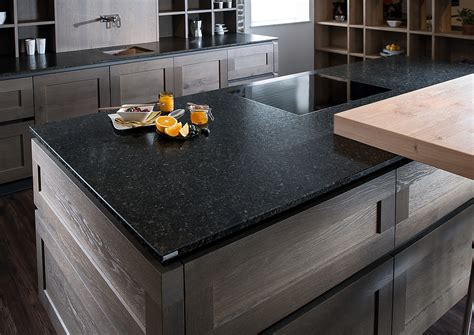 küchenunterschrank mit arbeitsplatte inselk 252 che mit naturstein arbeitsplatte quot olive garden quot im leather look
