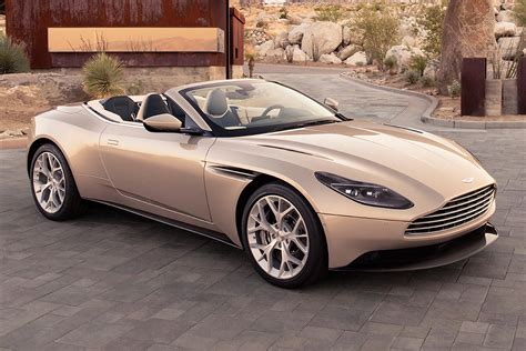 Aston Martin DB11 Volante unveiled | Carbuyer