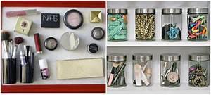 Bocaux à épices : rangement maquillage pratique et joli en 15 id es originales ~ Teatrodelosmanantiales.com Idées de Décoration