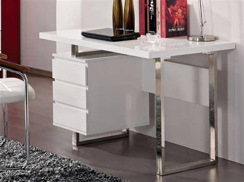 bureau avec tiroirs bureau mylan avec rangements 3 tiroirs coloris blanc