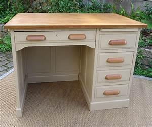 Bureau Ancien En Bois : joli bureau ancien bois peint modele ann es 1950 ~ Carolinahurricanesstore.com Idées de Décoration