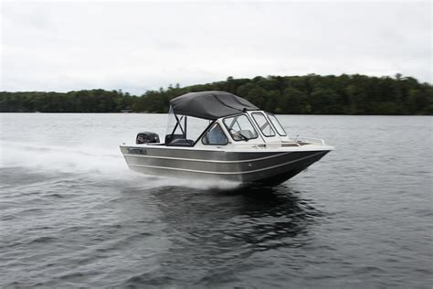 Jet Boat Pilot by 2018 Thunderjet Pilot Tested Reviewed On Boattest Ca