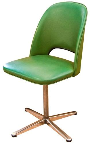 chrome and vinyl desk chair i this in white and