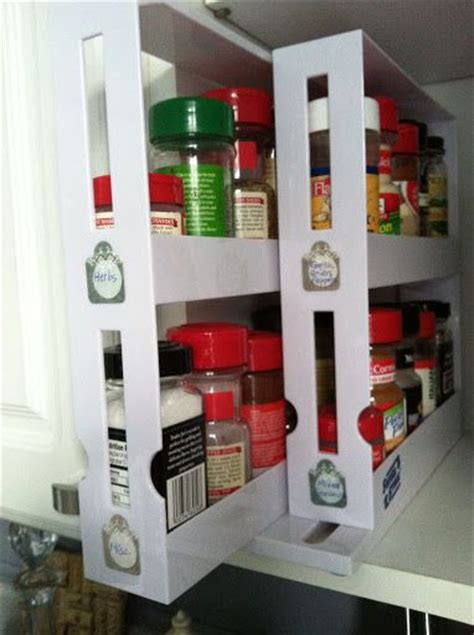 Diy Pull Out Spice Rack by The Pull Out Spice Rack From Bed Bath Beyond With Diy