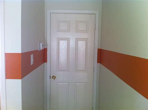 orange stripe  room  images tall cabinet