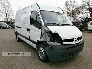 Renault Master 120 Dci 2006 Box-type Delivery Van
