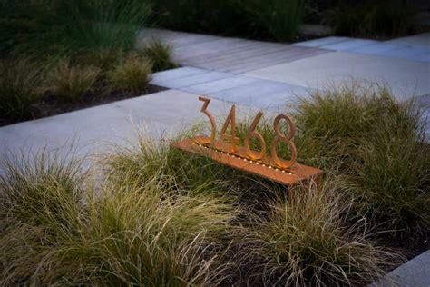 chic ways  display house numbers hgtv