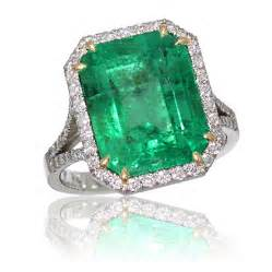 green engagement rings popular emerald panna gemstone jewelry