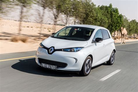 renault zoe range model arrives in the middle east review central middle east