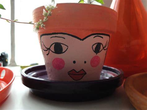 le pot de fleurs le retour la phanette aux petits pois